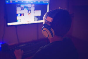 Read more about the article China Advances in Banning Video Games And Limits Them To Three Hours A Week